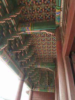 Geunjeongmun_gate_underside